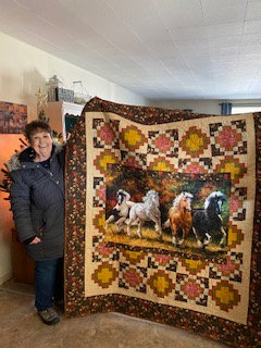 Running Horse Quilt Auction Winner: Vicki Birdwell